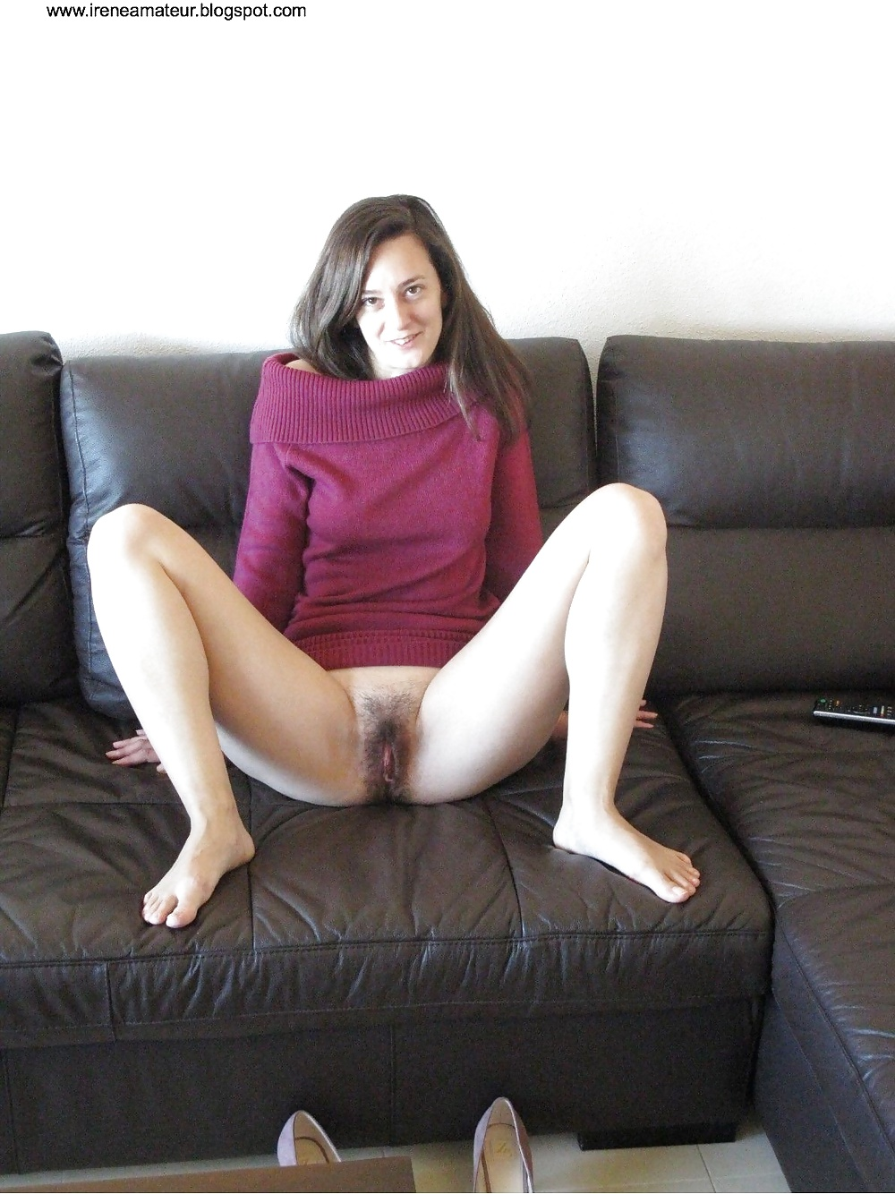 mature cleaning nude tubes
